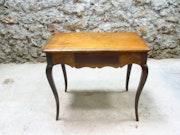 18 ° Table Louis XV period.