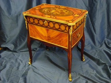 Transition dressing table. Marqueterie Ebénisterie RODENAS