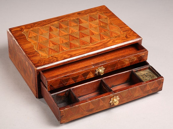 A veneered writing box on a stand.  Galerie Atena Antiquités