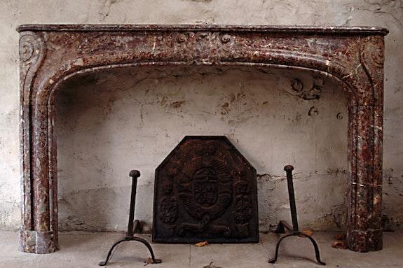 Fireplace Louis.  Galerie Origines