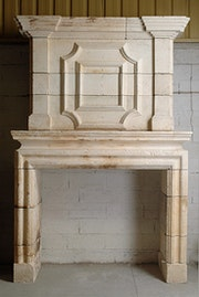 Louis XIV fireplace. Galerie Origines