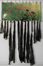 Ivresse 3, oeuvre peinte, vieilles dentelles et coquillages.