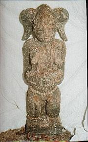 Statue de maternité Baoulé (Agba ta Fuému). Boby Pikaso
