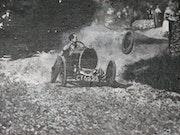 El ex coche de carreras.
