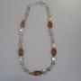 Collar con piedras y elementos de auténtica perla. Regina Korell