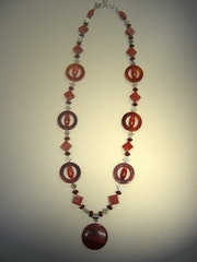 Red alert-long necklace made of red jasper, coral (red, obs. ) And….