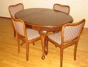 5-PC. Mesa de comedor con mesa redonda extensible cuatro sillas para 1930-1940. Heike