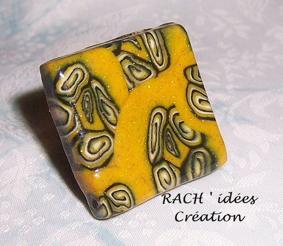 Sequined yellow ring . Rach Rach'idées