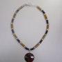 El otoño en Vermont, un collar de otoño con una verdadera piedras semi-preciosas . Regina Korell