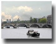Paris Crossing. Gilles Bizé