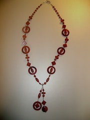 Red alert-reloaded-long necklace with charms with coral, agate ... .