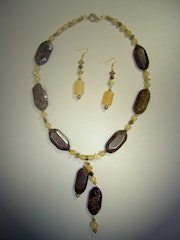 Autumn leaves set of necklace and earrings with Calcite and bronzite.