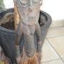 Sculpture sur bois originale de la Papouasie-Nouvelle-Guinée. Swissmagic