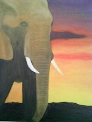Elefant in der Abenddämmerung.