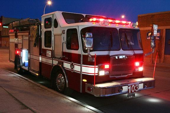 Fire Truck at night. Mopics Mopics