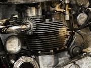 Enfield motor. La Cie Des Voyageurs/ D. Almon