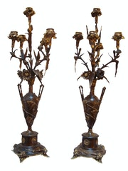 Paire de candélabres «aux oeillets» d'Auguste Nicolas cain (1821-1894). Concept Antiques