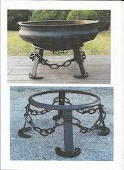 Support pour ancienne vasque en bronze.