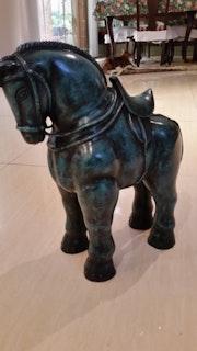 Escultura en Bronce caballo.