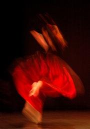 La danseuse en rouge. Jean-Jacques Massou