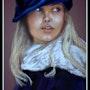 Petite fille en bleu. Joelle Bouriel