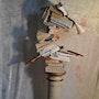 Sculpture contemporaine assemblage. R. Art