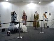 Robes diverses epoques. Colette Trôme