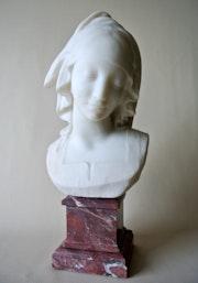 Buste signé Fernand Cian.