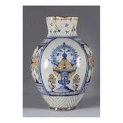 Jarro de bola en cerámica de Talavera Siglo XIX Serie de la Virgen del Prado. Anticnova Art Gallery