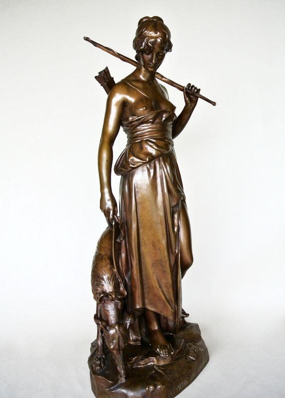 «Nymphe de Diane». Eugène Antoine Aizelin Marc Menzoyan Antiquités
