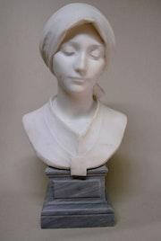 Sculpture en marbre. Marc Menzoyan Antiquités
