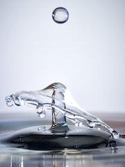 Collisions de Gouttes d'eau. Thierry Daudier De Cassini