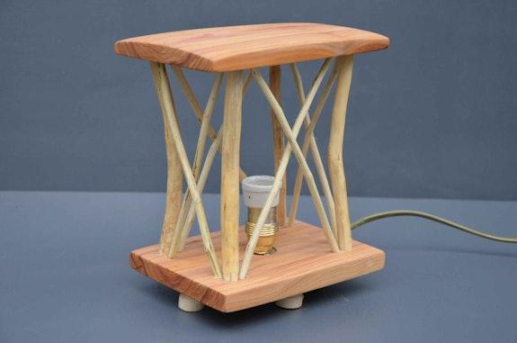 Lampe éco-design. Ronzeaud La Main Bleue