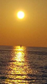 Coucher de soleil. Marie D