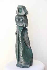 Femme et enfant (patine vert-argenté).