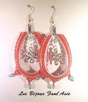 Boucles d'oreilles tissées en perles japonaise rouge et turquoise.