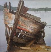 Vieille épave de bateau.