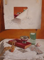 Still life with pearls and cards.