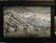 Montagnes sous la neige.