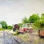 Vieux train abandonné à Saint-Eulalie-de-Cernon.