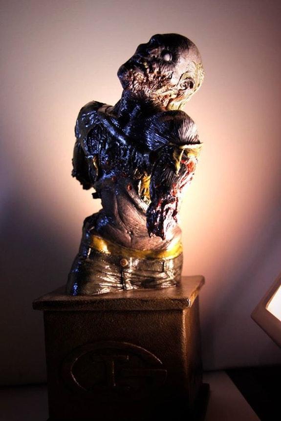 Estatuilla zombie. Ivan Grenon Arts&grenon
