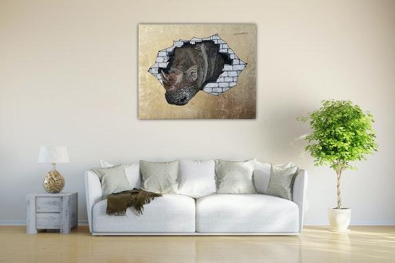 Rhinoceros head through the wall. Acrylwolle