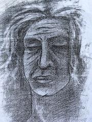 Portrait d'une vieille dame au fusain.