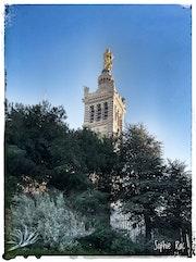 Notre Dame de la Garde… Protège nous! !.