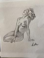 Femme demi-nue.