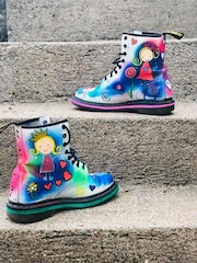 Doc Martens customiser.