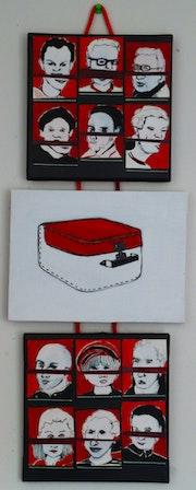202004 Série objet: Têtes-valises/valise.
