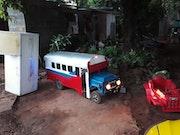 Mini autobus diablo rojo. Romel Bravo