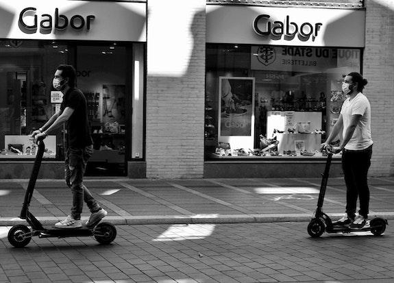 Scènes de rue - Toulouse. Marylou Marylou