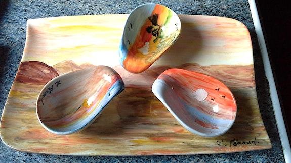 Service apéritif peinture acrylique sur céramique. Florence Féraud-Aiglin Florence Féraud-Aiglin
